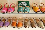 Spain, Menorca: Famous Menorcan sandals   Spanien, Menorca: Sandalen von Menorca, ein beliebtes Souvenir