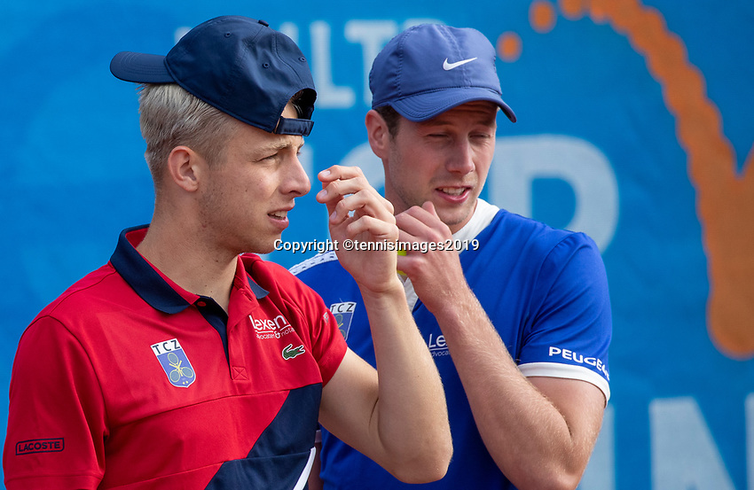 Zandvoort, Netherlands, 8 June, 2019, Tennis, Play-Offs Competition, Mens doubles: Botic van de Zandschulp (R) and Tallon Griekspoor (NED)<br /> Photo: Henk Koster/tennisimages.com