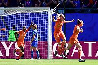 Celebration des joueuses des Pays Bas apres le but de Stephanie Van Der Gragt (Pays Bas) <br /> Valenciennes 29-06-2019 <br /> Football Womens World Cup <br /> Italia - Olanda <br /> Photo JB Autissier/ Panoramic/Insidefoto <br /> ITALY ONLY
