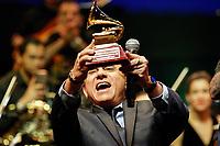 SÃO PAULO, SP 18.08.2019: SHOW-SP - O maestro João Carlos Martins se apresentou na noite deste domingo (18), acompanhado da dupla Chitãozinho e Xororó, com participação especial do cantor Agnaldo Rayol, no Allianz Parque Hall, zona oeste da capital paulista. (Foto: Ale Frata/Código19)