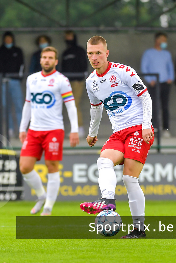 Ante Palaversa (8) of KV Kortrijk pictured during a friendly soccer game between Sparta Petegem and KV Kortrijk during the preparations for the 2021-2022 season , on Wednesday 30th of June 2021 in Petegem , Belgium . PHOTO STIJN AUDOOREN | SPORTPIX.BE