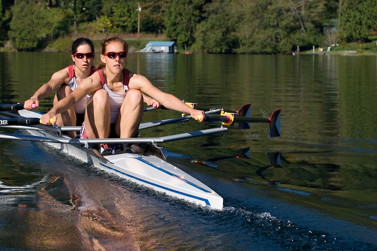 Rowing, Ursula Grobler, Abby Broughton, (bow) 2010 United States lightweight women's double, workout, Lake Samish, Rowstar, Samish Rowing Center, Carlos Dinares, coach, Pacific Northwest, Washington State, Bellingham,