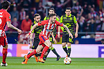 Saul Niguez Esclapez of Atletico de Madrid (front) in action during the UEFA Europa League quarter final leg one match between Atletico Madrid and Sporting CP at Wanda Metropolitano on April 5, 2018 in Madrid, Spain. Photo by Diego Souto / Power Sport Images