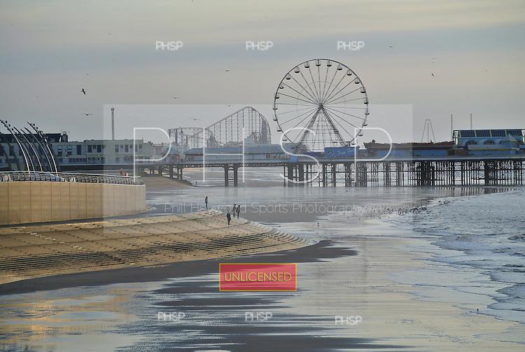 12/01/2012 Blackpool .....© Phill Heywood.