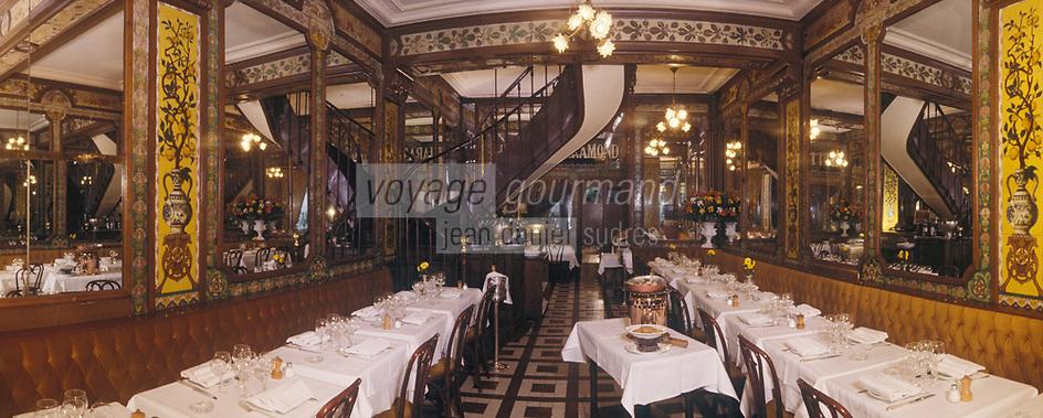 """Europe/France/Ile-de-France/Paris: """"BELLE-EPOQUE"""" - Restaurant """"Pharamond"""" 24 rue de la Grande Truanderie [Non destiné à un usage publicitaire - Not intended for an advertising use]<br /> PHOTO D'ARCHIVES // ARCHIVAL IMAGES<br /> FRANCE 1990 :/ Europe / France / Ile-de-France / Paris: """"BELLE-EPOQUE"""" - Restaurant """"Pharamond"""" 24 rue de la Grande Truanderie [Not intended for advertising use - Not intended for an advertising use]<br /> ARCHIVAL PHOTO // ARCHIVAL IMAGES<br /> FRANCE 1990"""