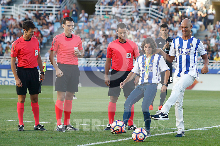 Tribute to the Spanish canoeist Maialen Chourraut, Olympic champion K-1 slalom at the Olympic Games Rio 2016 and the Spanish Paralympic swimmer Richard Oribe during La Liga match. August 21,2016. (ALTERPHOTOS/Acero)