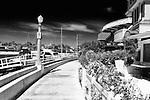 Curve (b&W), Balboa, CA