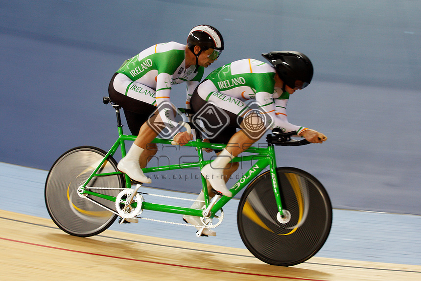 James Brown and Damien Shaw (IRL), compete in the ride off for the bronze in the Men's Individual B Pursuit.<br /> Track Cycling, Velodrome, Olympic Park (Thursday 29th Aug)<br /> Paralympics - Summer / London 2012<br /> London England 29 Aug - 9 Sept <br /> © Sport the library/Joseph Johnson