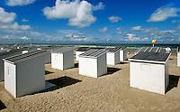 Belgien, Flandern, Badehütten am Strand von Oostende