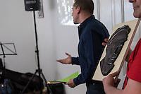 """Eroeffnung der Ziegenhals-Ausstellung des Freundeskreis """"Ernst-Thaelmann-Gedenkstaettte"""" e.V. am 15. April 2016 in der Jonasstrasse 29 in Berlin-Neukoelln.<br /> 15.4.2016, Berlin<br /> Copyright: Christian-Ditsch.de<br /> [Inhaltsveraendernde Manipulation des Fotos nur nach ausdruecklicher Genehmigung des Fotografen. Vereinbarungen ueber Abtretung von Persoenlichkeitsrechten/Model Release der abgebildeten Person/Personen liegen nicht vor. NO MODEL RELEASE! Nur fuer Redaktionelle Zwecke. Don't publish without copyright Christian-Ditsch.de, Veroeffentlichung nur mit Fotografennennung, sowie gegen Honorar, MwSt. und Beleg. Konto: I N G - D i B a, IBAN DE58500105175400192269, BIC INGDDEFFXXX, Kontakt: post@christian-ditsch.de<br /> Bei der Bearbeitung der Dateiinformationen darf die Urheberkennzeichnung in den EXIF- und  IPTC-Daten nicht entfernt werden, diese sind in digitalen Medien nach §95c UrhG rechtlich geschuetzt. Der Urhebervermerk wird gemaess §13 UrhG verlangt.]"""