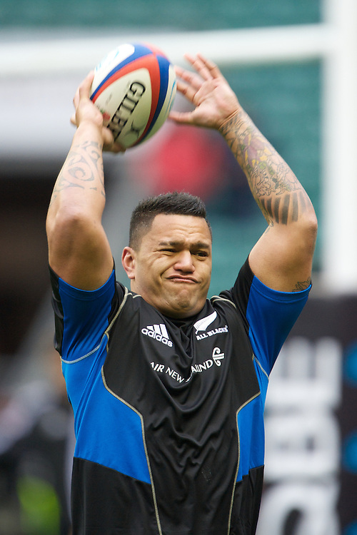 Keven Mealamu of New Zealand warms up before the QBE Autumn International match between England and New Zealand at Twickenham on Saturday 01 December 2012 (Photo by Rob Munro)