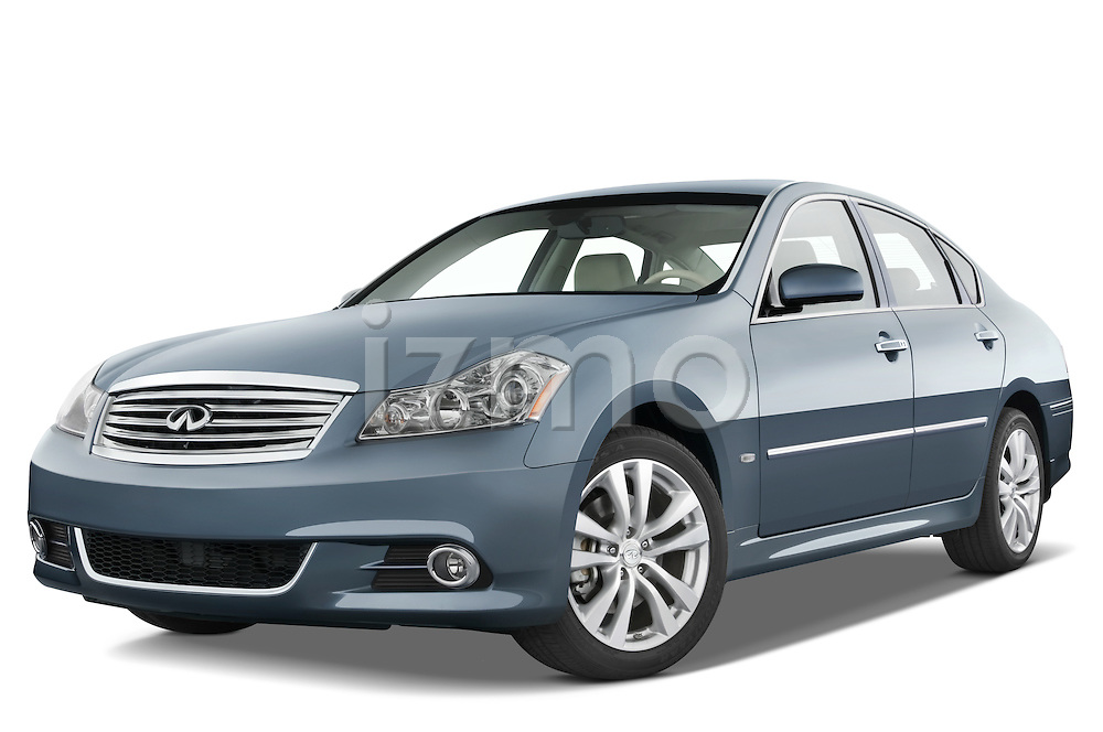 Low aggressive front three quarter view of a 2008 Infiniti M35.