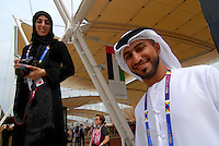 Milano - Rho Fiera 1/6/2015<br /> EXPO 2015, membri dello staff del padiglione degli Emirati Arabi Uniti.<br /> Staff members of the pavilion of the United Arab Emirates. <br /> Foto Livio Senigalliesi