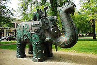 USA, Oregon, Da Tung the 12 foot bronze sculpture replica from the Shang Dynasty represents universal peace in the North Park Blocks in Portland