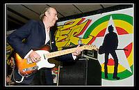 Mick Jones (Rotten Hill Gang) - Strummerville - Under The West Way - Portobello Road, London 21st August 2009