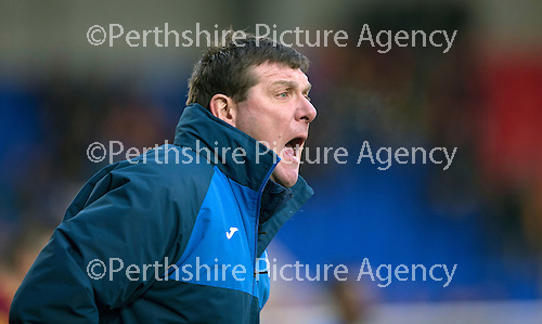 St Johnstone v Motherwell…20.02.16   SPFL   McDiarmid Park, Perth<br />Tommy Wright shouts instructions<br />Picture by Graeme Hart.<br />Copyright Perthshire Picture Agency<br />Tel: 01738 623350  Mobile: 07990 594431