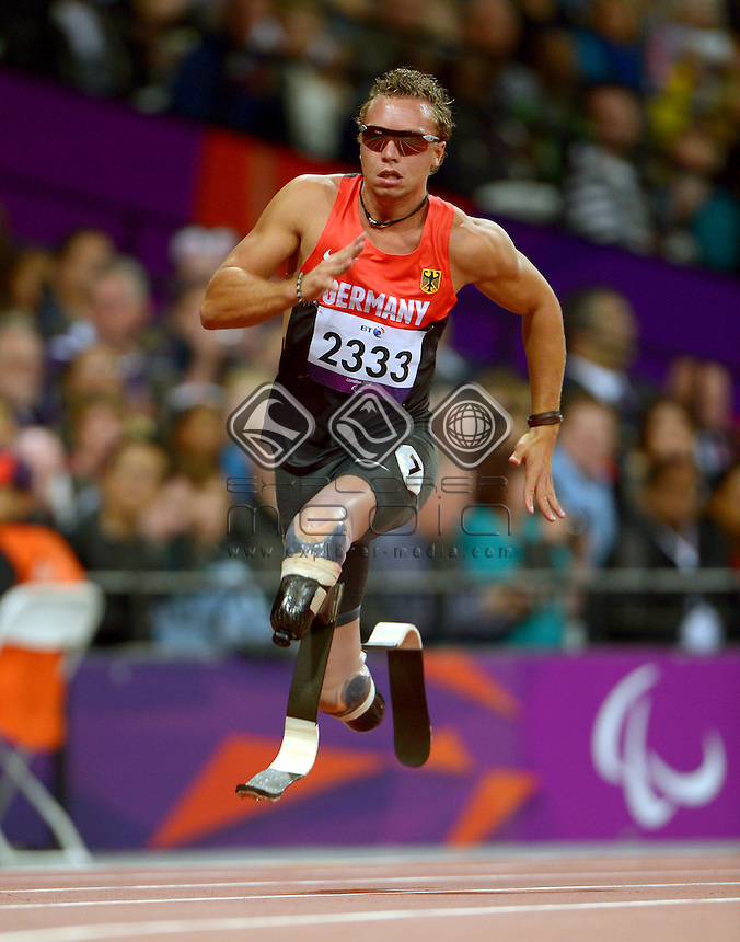 David Behre (GER) <br /> Athletics: Men's 200m T44<br /> Olympic Stadium (Saturday 1  Sept)<br /> Paralympics - Summer / London 2012<br /> London England 29 Aug - 9 Sept <br /> © Sport the library / Jeff Crow