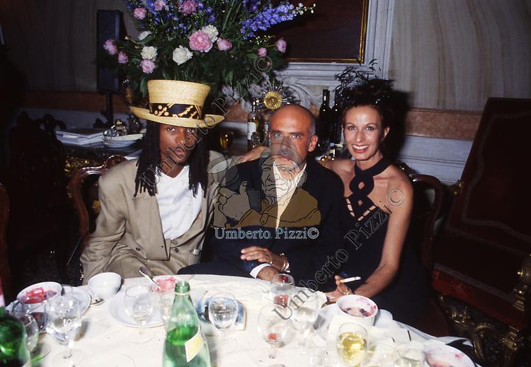 FRANCESCO CLEMENTE<br /> AMFAR FOUNDATION CHARITY GALA PALAZZO VOLPI VENEZIA 1993