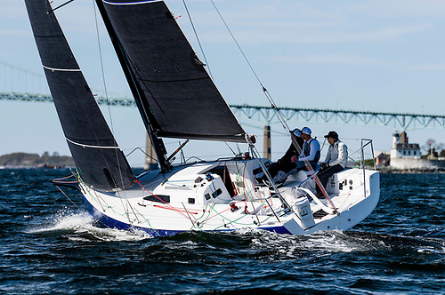 J/99 going upwind with Quantum Fusion Membrane sails