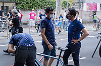 Alberto Contador visiting his Eolo-Kometa team on the final day of the Giro <br /> <br /> 104th Giro d'Italia 2021 (2.UWT)<br /> Stage 21 (final ITT) from Senago to Milan (30.3km)<br /> <br /> ©kramon