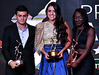 BOGOTÁ-COLOMBIA, 03-12-2019: Daniel Restrepo (Izq.) Atius de Plata, María Camila Osorio (Cent.) Altius de Oro y Yenny Sinisterra (Der.) Altius de Bronce en deportes promesa incluidos en el programa de los Juegos Olímpicos, durante ceremonia de premiación del Deportista Altius del Año 2019, por el Comité Olímpico Colombiano (COC), en ceremonia realizada en el Hotel Grand Hyatt en la ciudad de Bogotá. / Daniel Restrepo (L) Silver Atius,  Maria Camila Osorio (C) Gold Altius and Yenny Sinisterra (R) Bronze Altius in sports promise included in the program of the Olympic Games, during the award ceremony of the Altius Sportsman of the Year 2019, by the Colombian Olympic Committee (COC), in a ceremony held at the Grand Hyatt Hotel in the city of Bogota. / Photo: VizzorImage / Luis Ramírez / Staff.