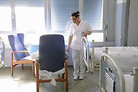 - Milan, S. Carlo Hospital, department of Neurology....- Milano, ospedale S.Carlo, reparto di neurologia