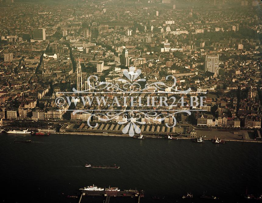 Oktober 1972. Antwerpen en de Schelde.