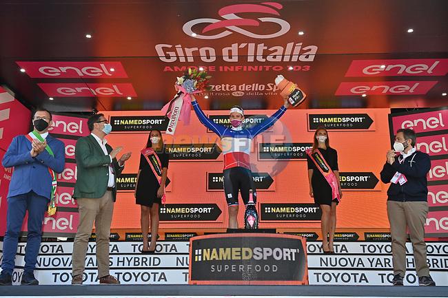 Foto Massimo Paolone/LaPresse <br /> 08 ottobre 2020 Italia<br /> Sport Ciclismo<br /> Giro d'Italia 2020 - edizione 103 - Tappa 6 - Da Castrovillari a Matera (km 188)<br /> Nella foto: <br /> <br /> Photo Massimo Paolone/LaPresse<br /> October 08, 2020  Italy  <br /> Sport Cycling<br /> Giro d'Italia 2020 - 103th edition - Stage 6 - from Castrovillari to Matera <br /> In the pic: