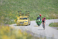 solo race leader Tony Gallopin (FRA/Lotto-Soudal) checking his lead up the first climb of the day; the Col de Saisies (Cat1/1663m)<br /> <br /> 69th Critérium du Dauphiné 2017<br /> Stage 8: Albertville > Plateau de Solaison (115km)