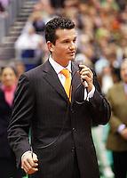 26-2-06, Netherlands, tennis, Rotterdam, tournament director thanks the crowd