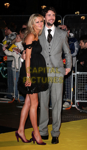 The World Premiere Of Watchmen Capital Pictures She works in the fashion industry as a sales director. https capitalpictures photoshelter com image i0000r21npkatky8
