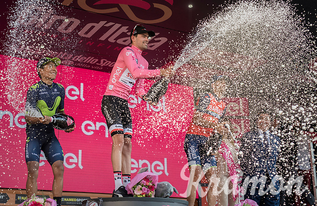 Tom Dumoulin (NED/Sunweb) is the first Dutchman to win the Giro d'Italia by jumping 3 places from 4th overall to 1st in the final time trial<br /> <br /> stage 21: Monza - Milano (29km)<br /> 100th Giro d'Italia 2017
