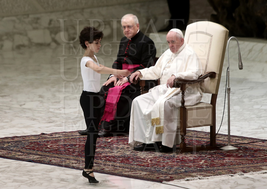 """Pope Francis watches dancer Jorge Garcia Lamelas performing during an audience with members of the """"Yo Puedo!"""" project in the Paul VI hall at the Vatican on November  30, 2019.<br /> UPDATE IMAGES PRESS/Isabella Bonotto<br /> <br /> STRICTLY ONLY FOR EDITORIAL USE"""