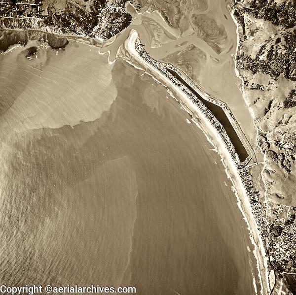 historical aerial photograph of Stinson Beach, Bolinas and the Bolinas Bay and Bolinas Lagoon, Marin County, California, 1982