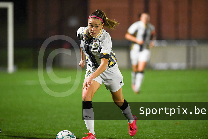 forward Renate Ly Mehevets of Sporting Charleroi pictured during a female soccer game between Sporting Charleroi and RSC Anderlecht on the third matchday of the 2020 - 2021 season of Belgian Scooore Womens Super League , friday 2 nd of October 2020  in Marcinelle , Belgium . PHOTO SPORTPIX.BE | SPP | DAVID CATRY