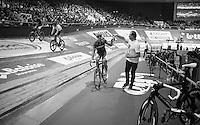 Kenny De Ketele (BEL/TopsportVlaanderen-Baloise) catching his mini-bidon<br /> <br /> 2016 Gent 6<br /> day 6