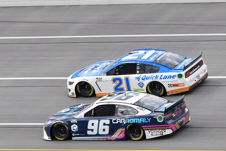 #96: Landon Cassill, Gaunt Brothers Racing, Toyota Camry Carnomaly, #21: Matt DiBenedetto, Wood Brothers Racing, Ford Mustang Quick Lane Tire & Auto Center