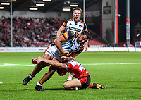 24th September 2021;  Kingsholm Stadium, Gloucester, England; Gallaher Premiership Rugby, Gloucester Rugby versus Leicester Tigers: Ellis Genge of Leicester Tigers goes through the tackle from Ollie Thorley of Gloucester to score a try