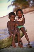 Enfants calédoniens sur un îlot