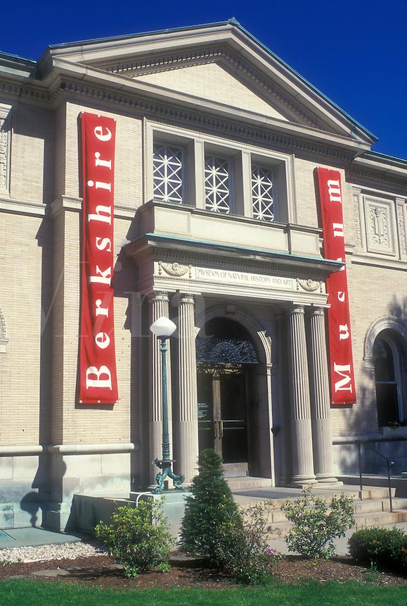 AJ1426, Pittsfield, museum, The Berkshires, Massachusetts, Berkshire Museum in Pittsfield, Massachusetts.