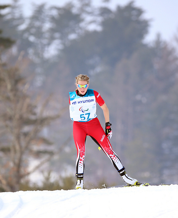 Emily Young, PyeongChang 2018 - Para Nordic Skiing // Ski paranordique.<br /> Emily Young competes in the women 15km cross country race // Emily Young participe au course 15 km de cross-country féminin. 12/03/2018.