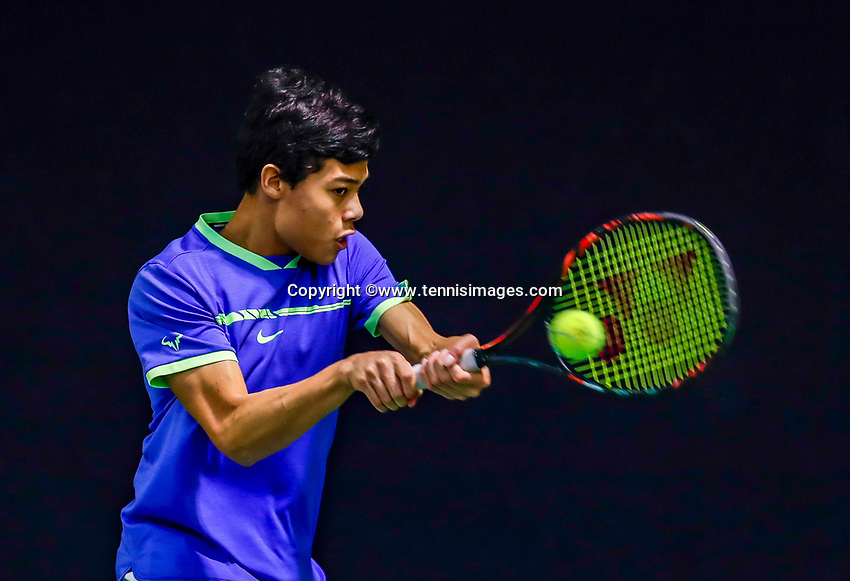 Hilversum, Netherlands, December 3, 2017, Winter Youth Circuit Masters, 12,14,and 16 years, Christopher Lam (NED)<br /> Photo: Tennisimages/Henk Koster