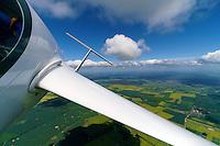 Blick auf Leitwerk eines Segelflugzeugs: EUROPA, DEUTSCHLAND, SACHSEN, (EUROPE, GERMANY), 23.05.2013: Blick auf Leitwerk eines Segelflugzeugs,