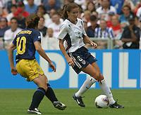 Brandi Chastain v Hanna Ljungberg(Sweden)Women's World Cup 2003 USA v Sweden