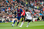 Sergi Roberto Carnicer of FC Barcelona battles for the ball with Jose Luis Gaya Pena of Valencia CF during the La Liga 2017-18 match between FC Barcelona and Valencia CF at Camp Nou on 14 April 2018 in Barcelona, Spain. Photo by Vicens Gimenez / Power Sport Images