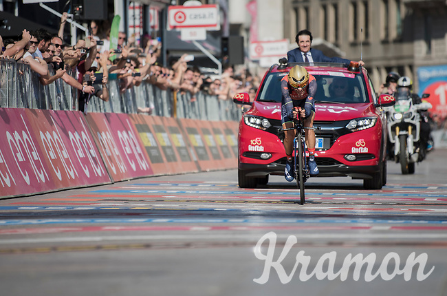 Vincenzo Nibali (ITA/Bahrain-Merida) nearing the finish line in Milano<br /> <br /> stage 21: Monza - Milano (29km)<br /> 100th Giro d'Italia 2017