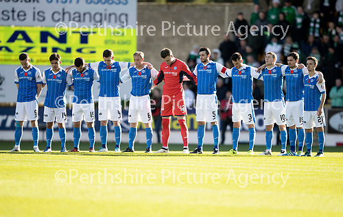 St Johnstone v Celtic…04.11.17…  McDiarmid Park…  SPFL<br />A minutes silence by the saints players for Rememrance Day<br />Picture by Graeme Hart. <br />Copyright Perthshire Picture Agency<br />Tel: 01738 623350  Mobile: 07990 594431