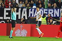 celebrate the goal, Torjubel zum 2:1 von Sandro Wagner (Deutschland Germany) - 08.10.2017: Deutschland vs. Asabaidschan, WM-Qualifikation Spiel 10, Betzenberg Kaiserslautern