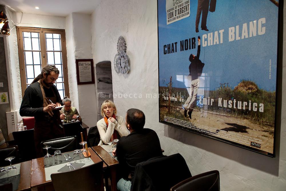Restaurant 'Chat Noir, Chat Blanc', Nice, France, 10 April 2012
