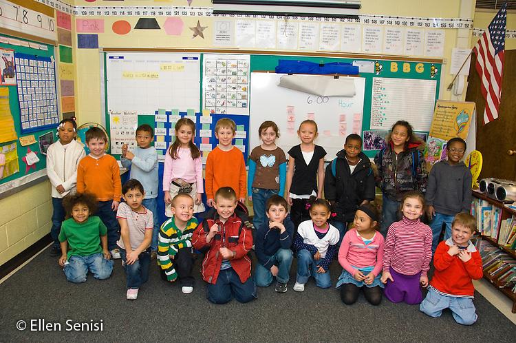 MR / Schenectady, New York. Elmer Avenue School (urban public elementary school). Kindergarten classroom. Class portrait. MR: AH-gKg. ID: AH-gKg. ©Ellen B. Senisi.